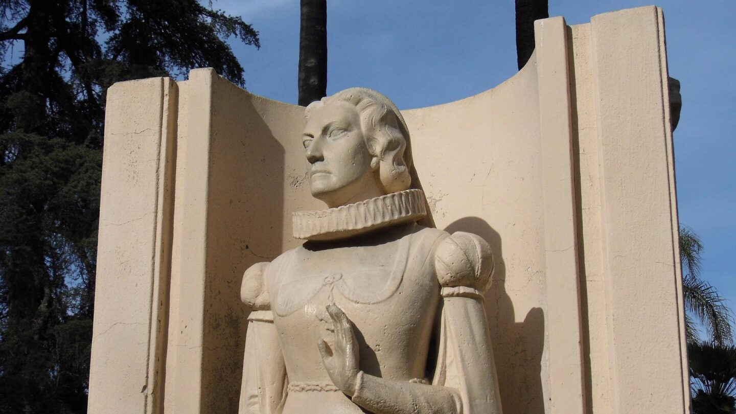 A statue of Helena Modjeska stands at Pearson Park in Anaheim, CA.