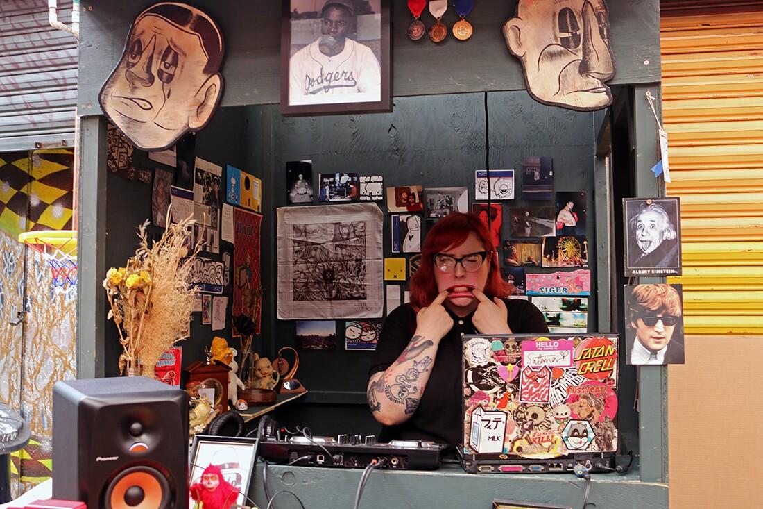 DJ Ivy Satana | Samanta Helou Hernandez