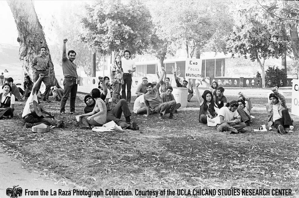 CSRC_LaRaza_B6F2aC7_MM_018 San Fernando Valley State College protestors gather during Marcha Por La Justicia | Maria Sanchez Marquez, La Raza photograph collection. Courtesy of UCLA Chicano Studies Research Center