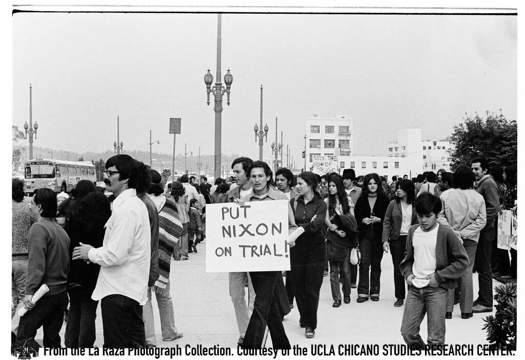 CSRC_LaRaza_B15F3C1_PA_003 Protesters during la Marcha por los Tres outside of the United States Courthouse in L.A. | Pedro Arias, La Raza photograph collection. Courtesy of UCLA Chicano Studies Research Center