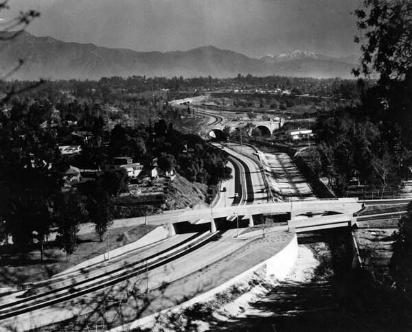 Circa 1940 view of the Arroyo Seco Parkway at Avenue 60. Courtesy of the Photo Collection, Los Angeles Public Library.