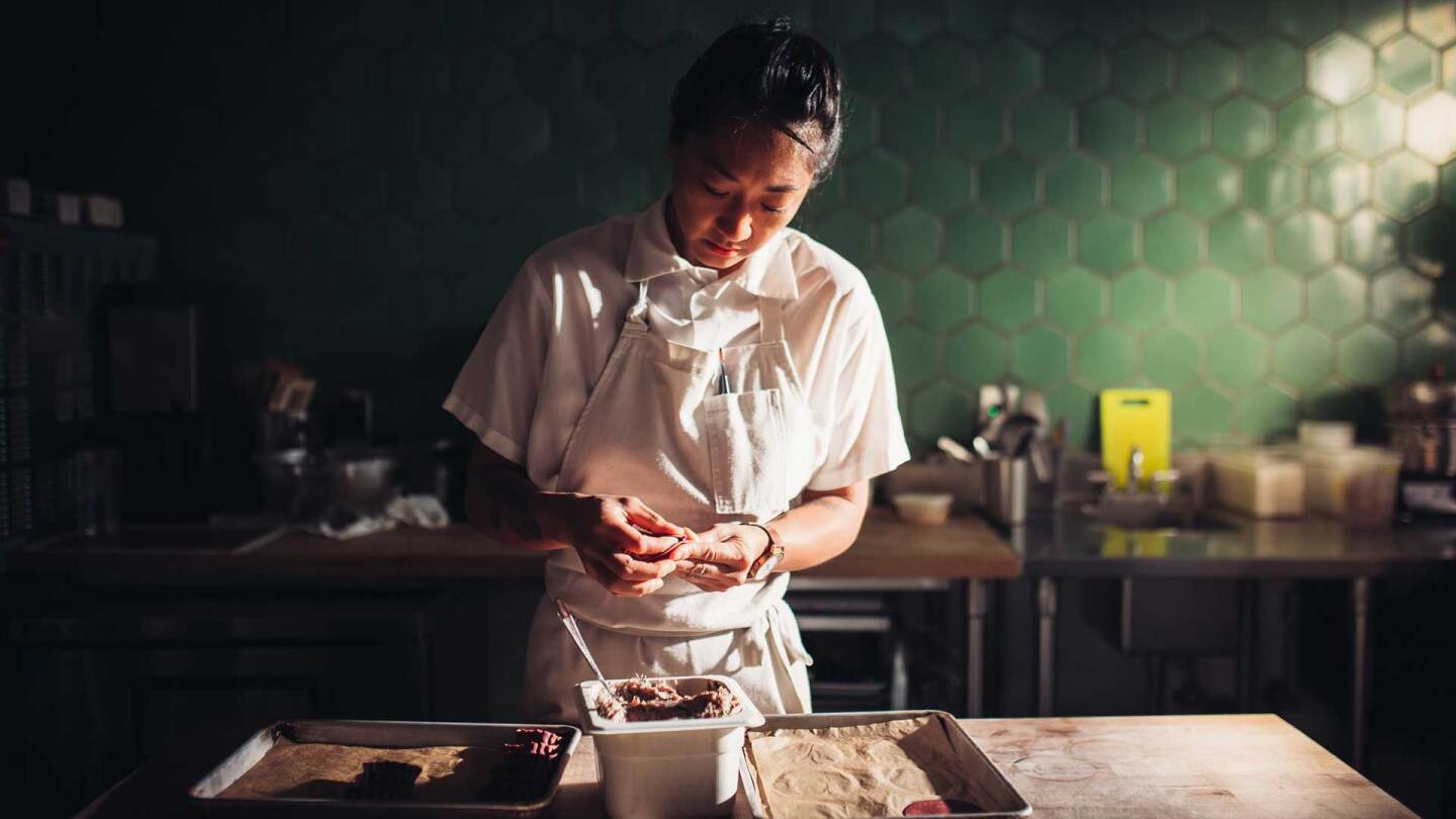 Melissa Chou preparing dessert. | The Migrant Kitchen