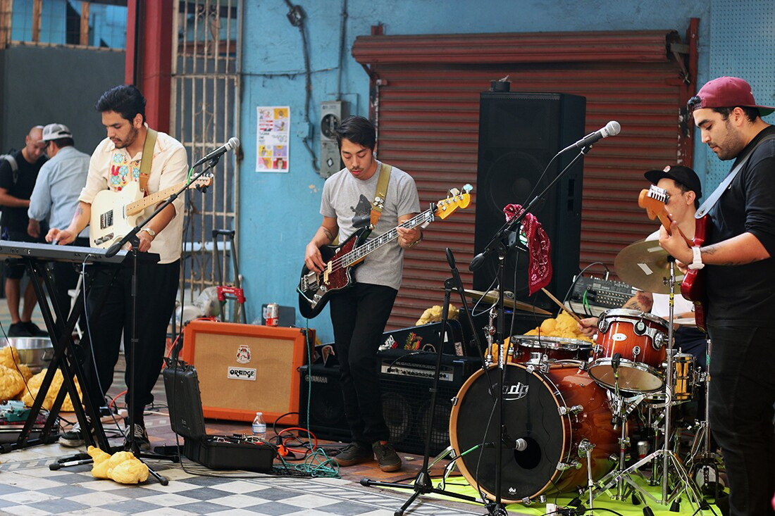 Los Shadows from San Diego performing on Pasaje Gomez at the TJ Zine Fest | Samanta Helou Hernandez