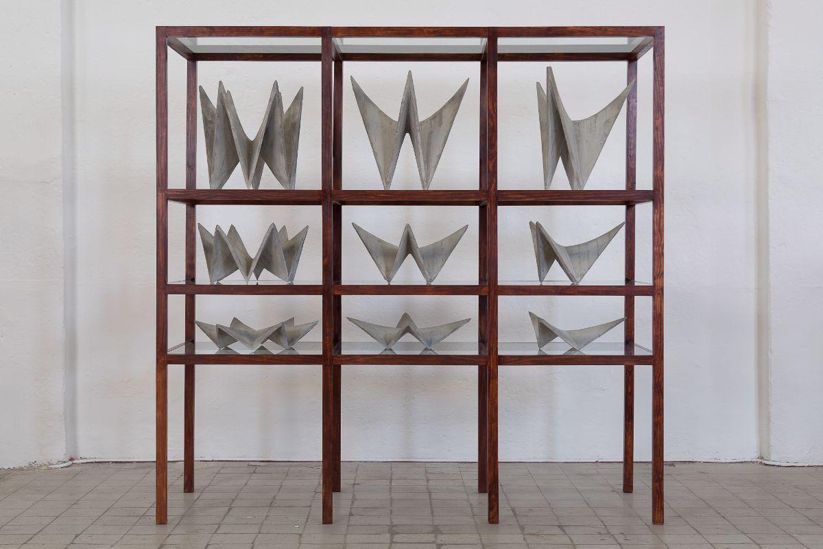 "Hector Zamora. ""Hyppars,"" 2014. Poured concrete, vitrine | Courtesy of the artist"