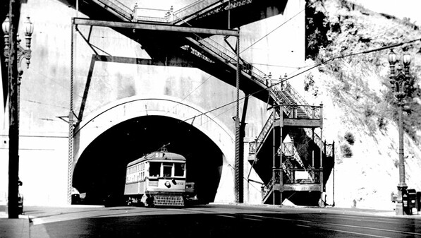 South portal of the Broadway tunnel, near Broadway and Temple, circa 1925. Courtesy of the Metro Transportation Library and Archive. Used under a Creative Commons license (CC BY-NC-SA 2.0).