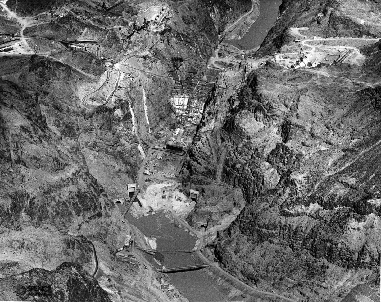 Boulder Dam under construction, March 17, 1934