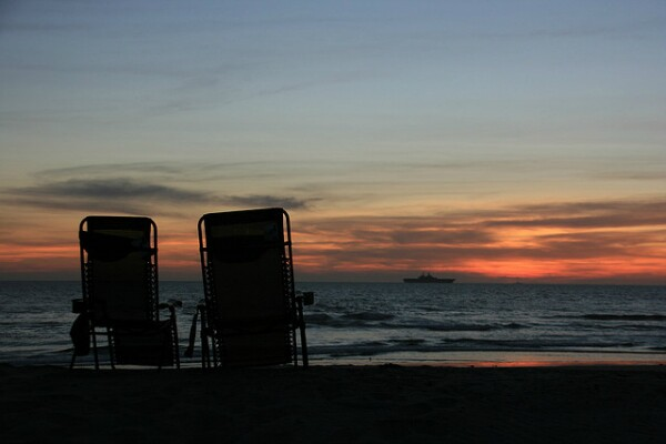 Pull up some chairs from the campground at Silver Strand and this could be y our view, too.