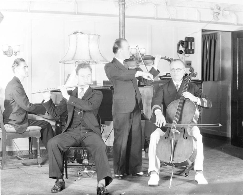 Hancock Ensemble perform, salon, Velero III, 1932-1935 | Allan Hancock Foundation Collection, USC Libraries