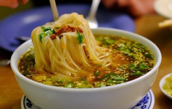 Shan noodles from Yoma Myanmar | Photo by Clarissa Wei