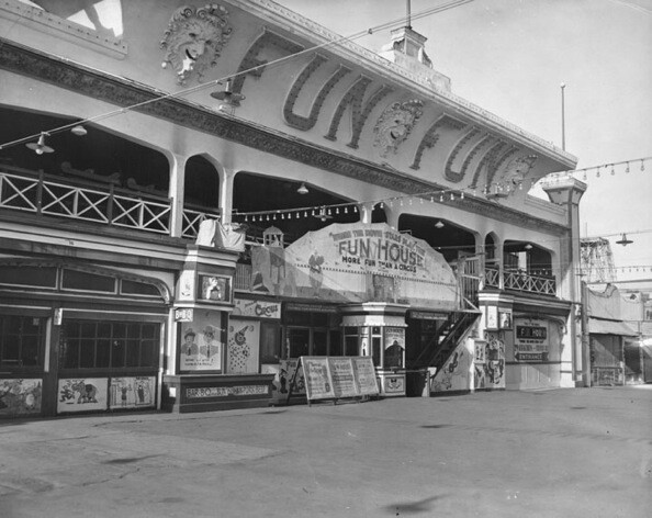 After Coney Island's Dreamland Amusement Park was destroyed in 1911, Abbot Kinney decided to construct its replica on the pier. Fun House was one of them.   Photo courtesy of Los Angeles Public Library