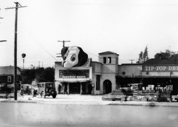Tip Top Drive-In at 3649 Beverly Boulevard, with 'Ponderous Pup' gracing the entrance to Barkies Sandwich Shop, 1930 | Courtesy of the Los Angeles Public Library