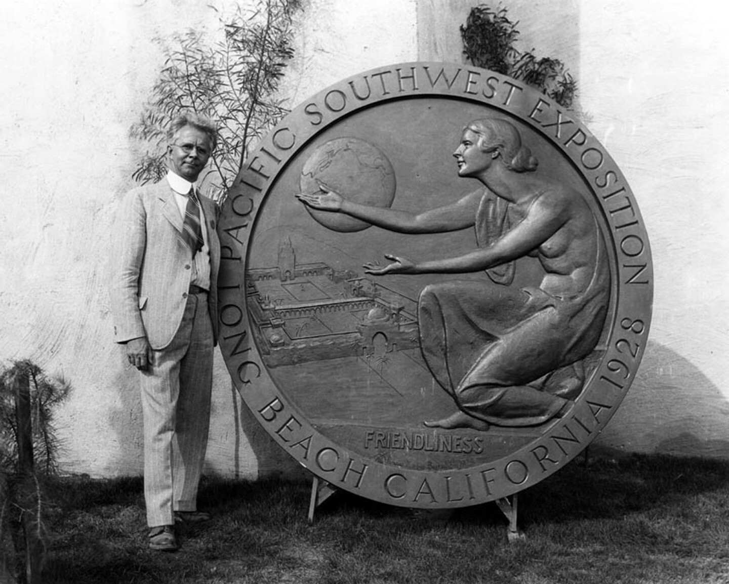 """Friendliness. The fair's medallion, designed by Roger Noble Burnham, proclaimed """"friendliness"""" as the fair's motto. Photograph courtesy of Security Pacific National Bank Collection, Los Angeles Public Library"""