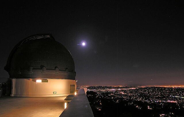 griffith-observatory-moon-8-27-13