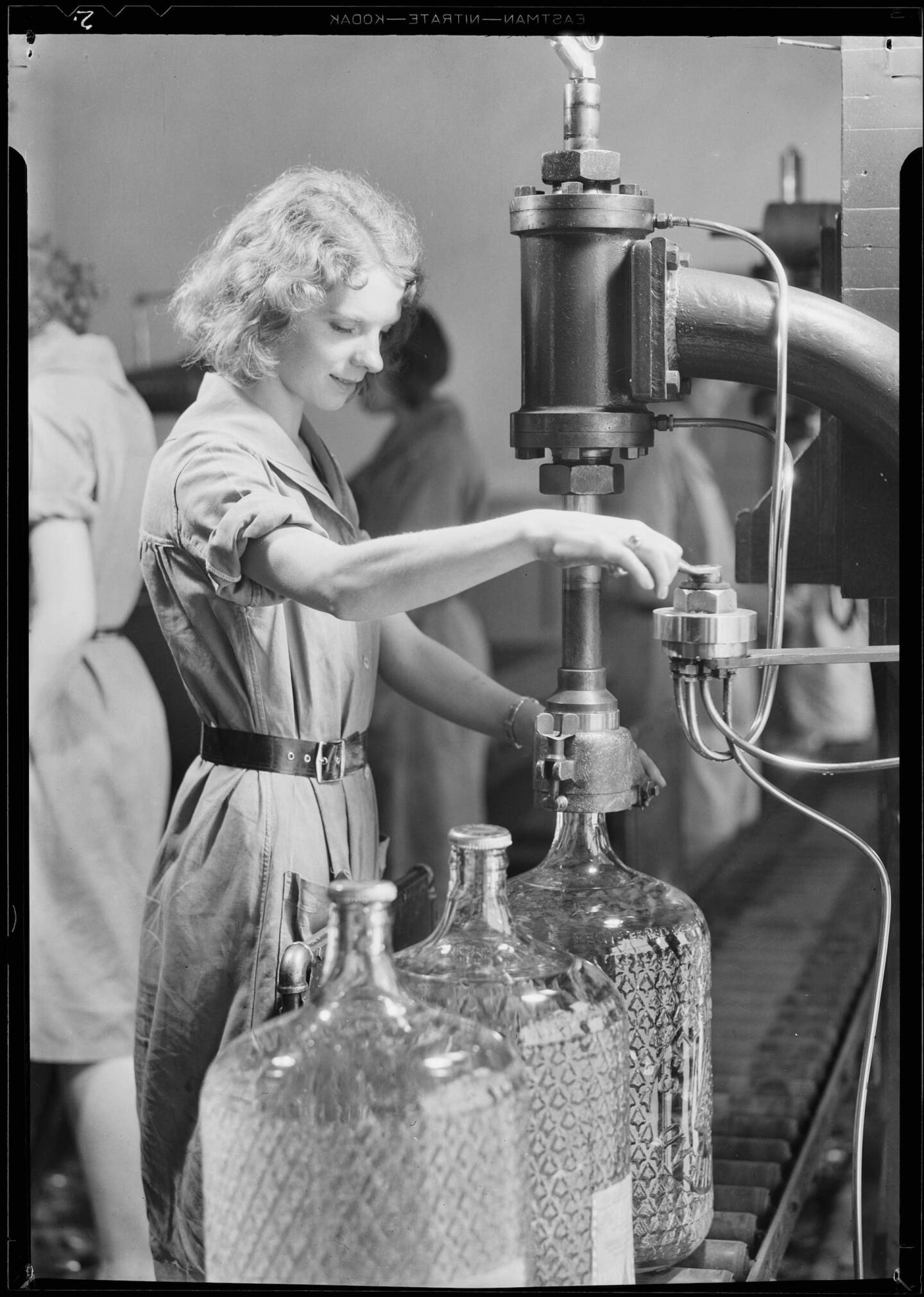 Bottling water at an Arrowhead plant, 1931