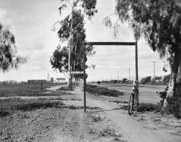Cycling Path from Santa Monica to Los Angeles, 1896. Courtesy of USC Digital Library - California Historical Society Collection.