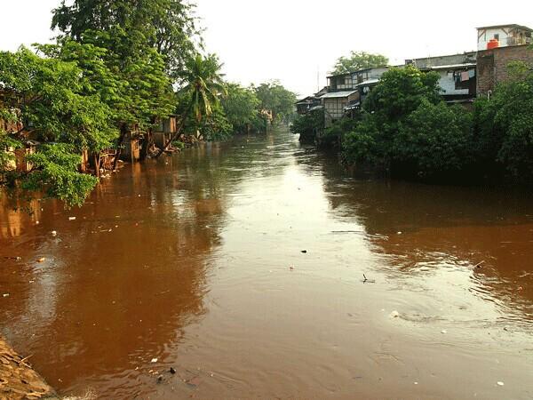 Ciliwung River at Bukit Duri and Kampung Pulo, Jakarta, July 2013 | Kian Goh