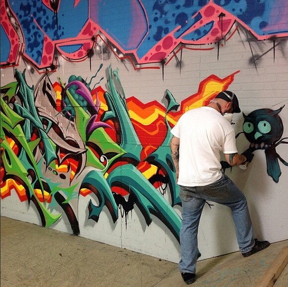 KASL, EVOL, Jason Maloney, and 2SHAE's new pieces at Hurley Skate Park, in progress.