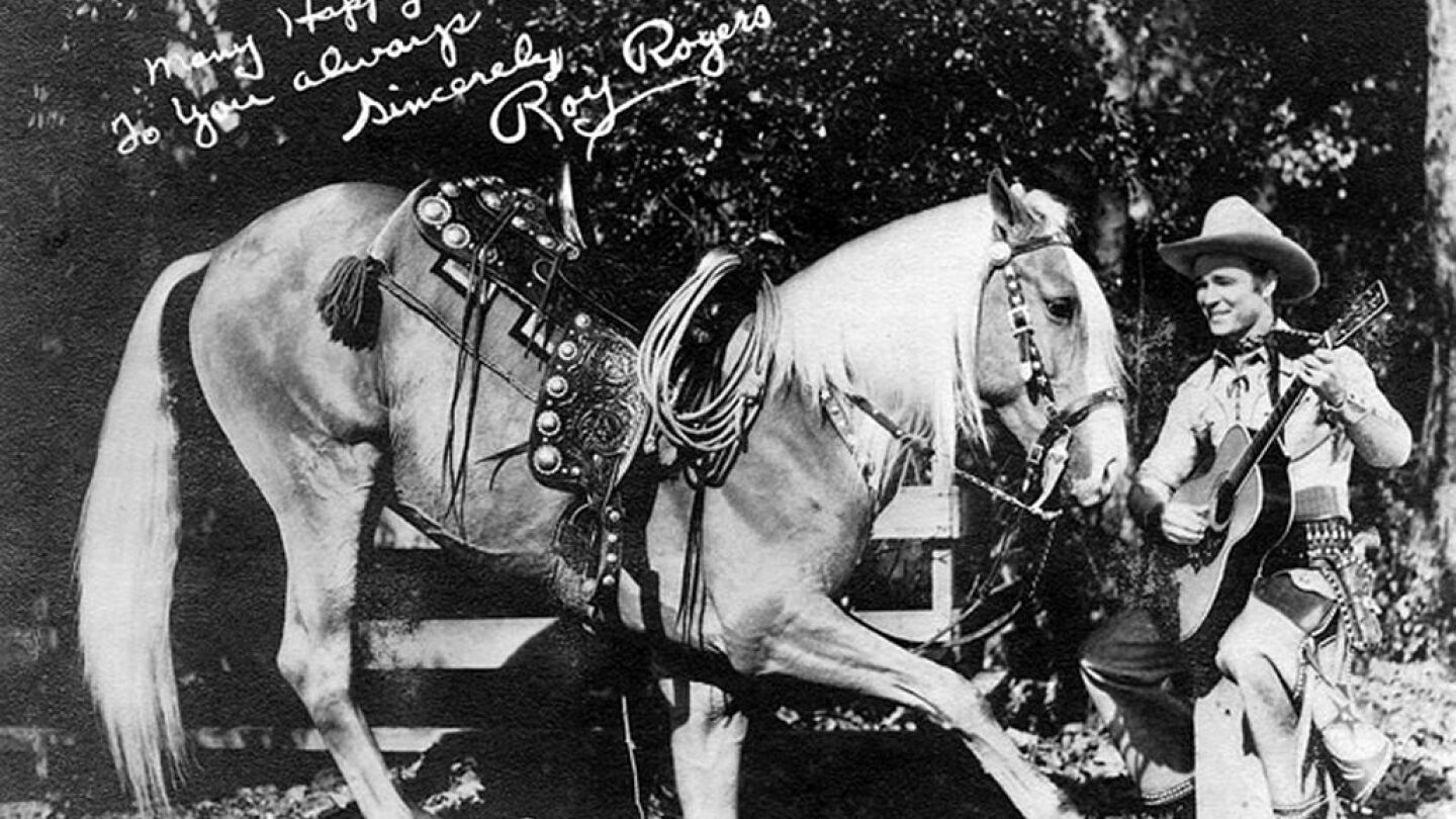 Publicity photo of Roy Rogers and Trigger | Born1945/Wikicommons