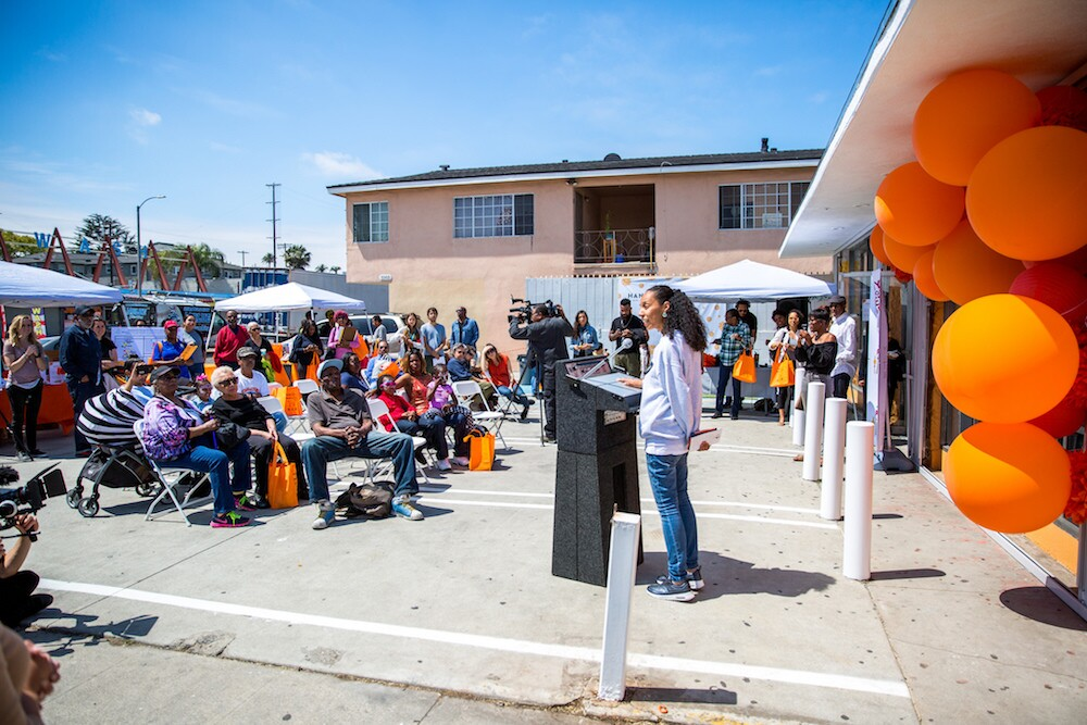 Hank's Mini Mart reopens   Courtesy of  Los Angeles Food Policy Council