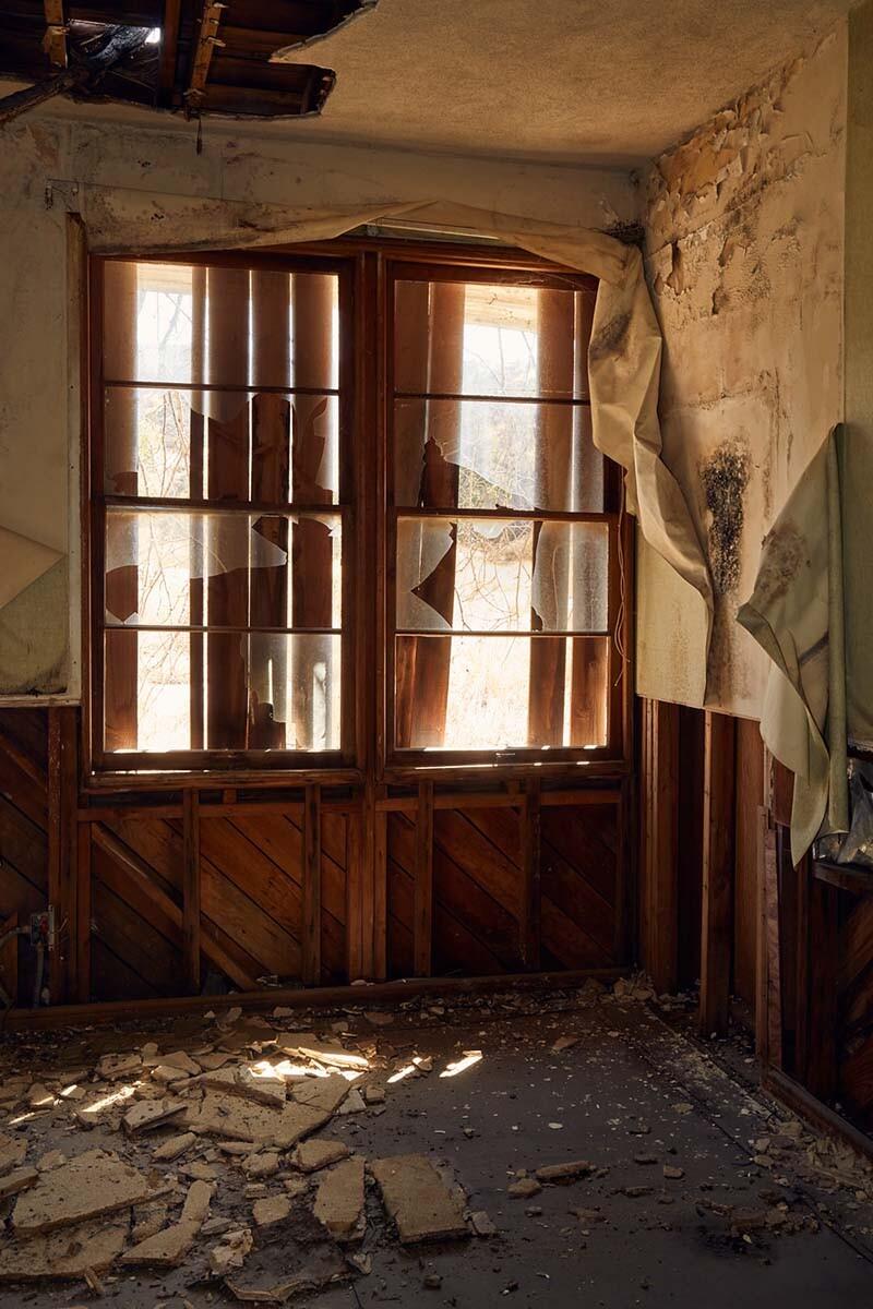 Windows & Debris – Administration Building – Whittaker-Bermite Site – Santa Clarita, CA – 2017 | Osceola Refetoff