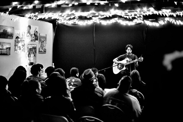 Alivio Open Mic in Bell | Photo: Bryan Diaz