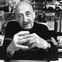Saul Bass in 1985. | Tony Barnard/Los Angeles Times via Getty Images