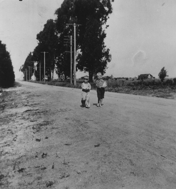 2 boys on Garvey Ave ca. 1955 | Photo: Courtesy of Los Angeles Public Library