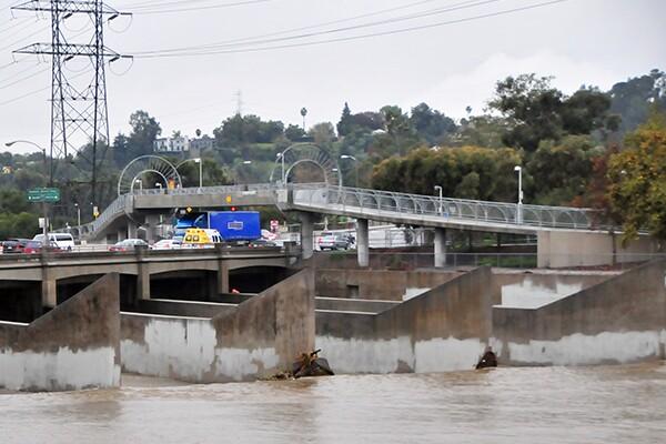 The Alex Baum Bicycle Bridge over Los Feliz Boulevard