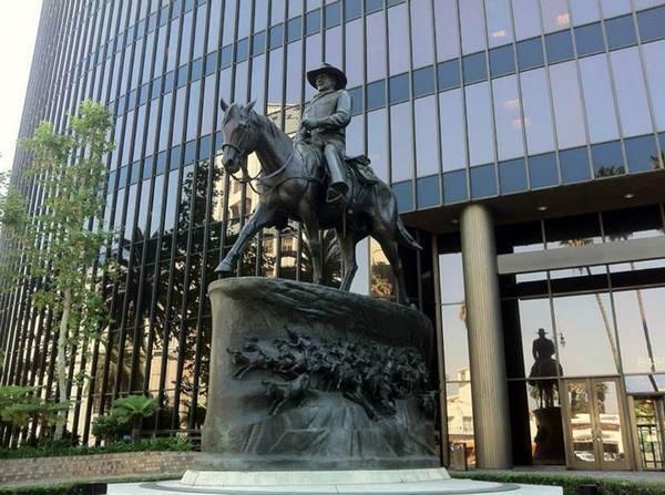 Wilshire-La Cienega -- John Wayne
