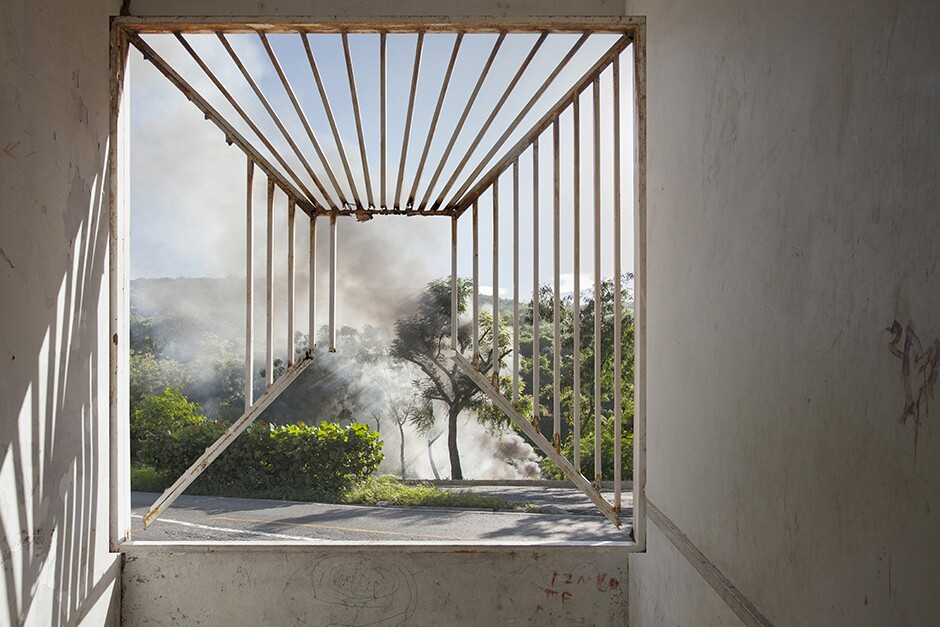 "Ángela Bonadies, ""Kinetic Irony"" from the series ""Nodernidad / Nodernity,"" 2013-2015, 27,5'' x 41,5'' (diptych), Digital print. Photo: Courtesy of the artist."