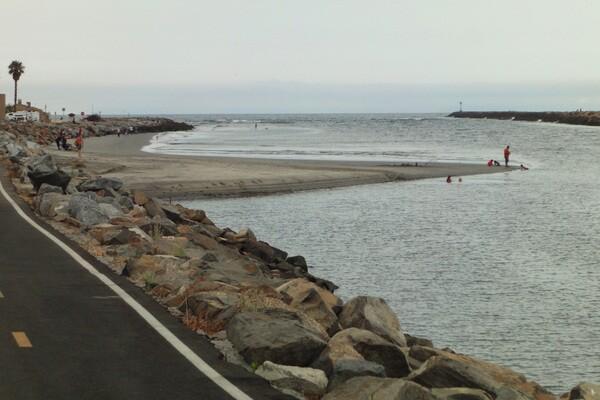 Seal Beach Arrival-thumb-600x400-55346