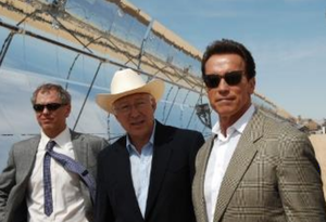 Steve Black, Ken Salazar, and Arnold Schwarzenegger tour NextEra's Harper Lake solar facility | Photo: Courtesy House Natural Resources Committee