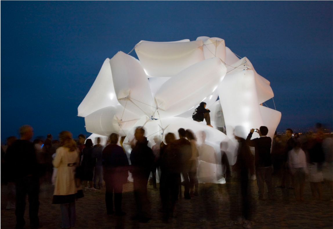 TOLO Architecture, Dunnage Balls, 2008, dunnage bags, installed at Glow Art Festival, Santa Monica, California | Courtesy of TOLO Architecture