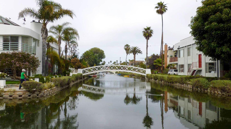 A footbridge over the Venice Canals | Sandi Hemmerlein