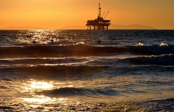 offshore-fracking-california-2-26-14-thumb-600x386-69469