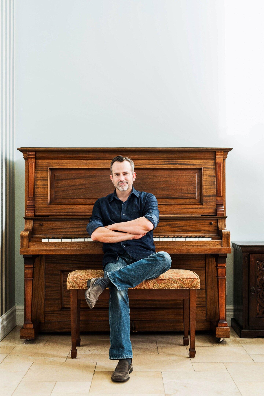 Geoff Zanelli at his piano