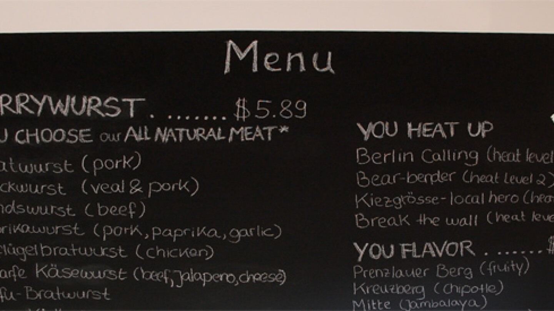 berlin-currywurst-menu-597x275