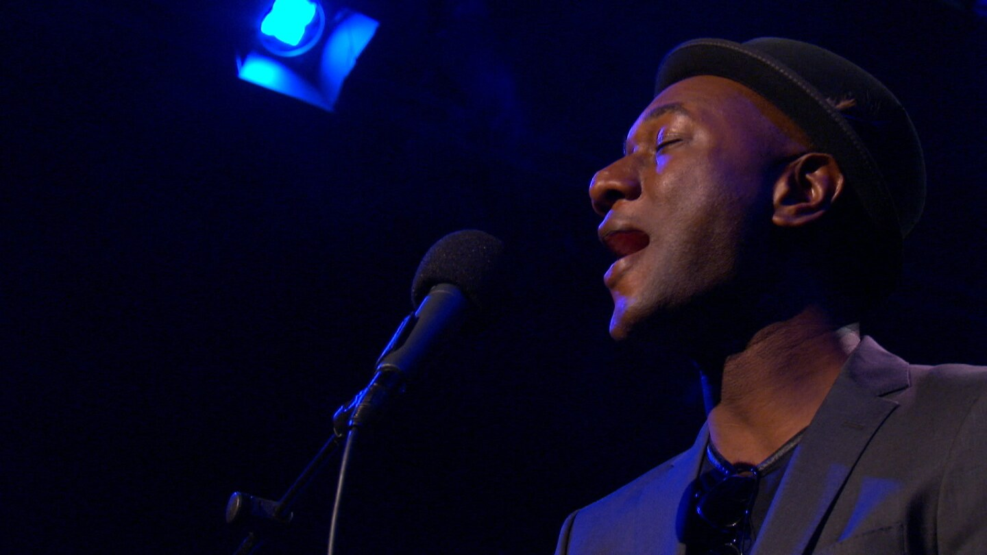 Aloe Blacc Singing on Studio A