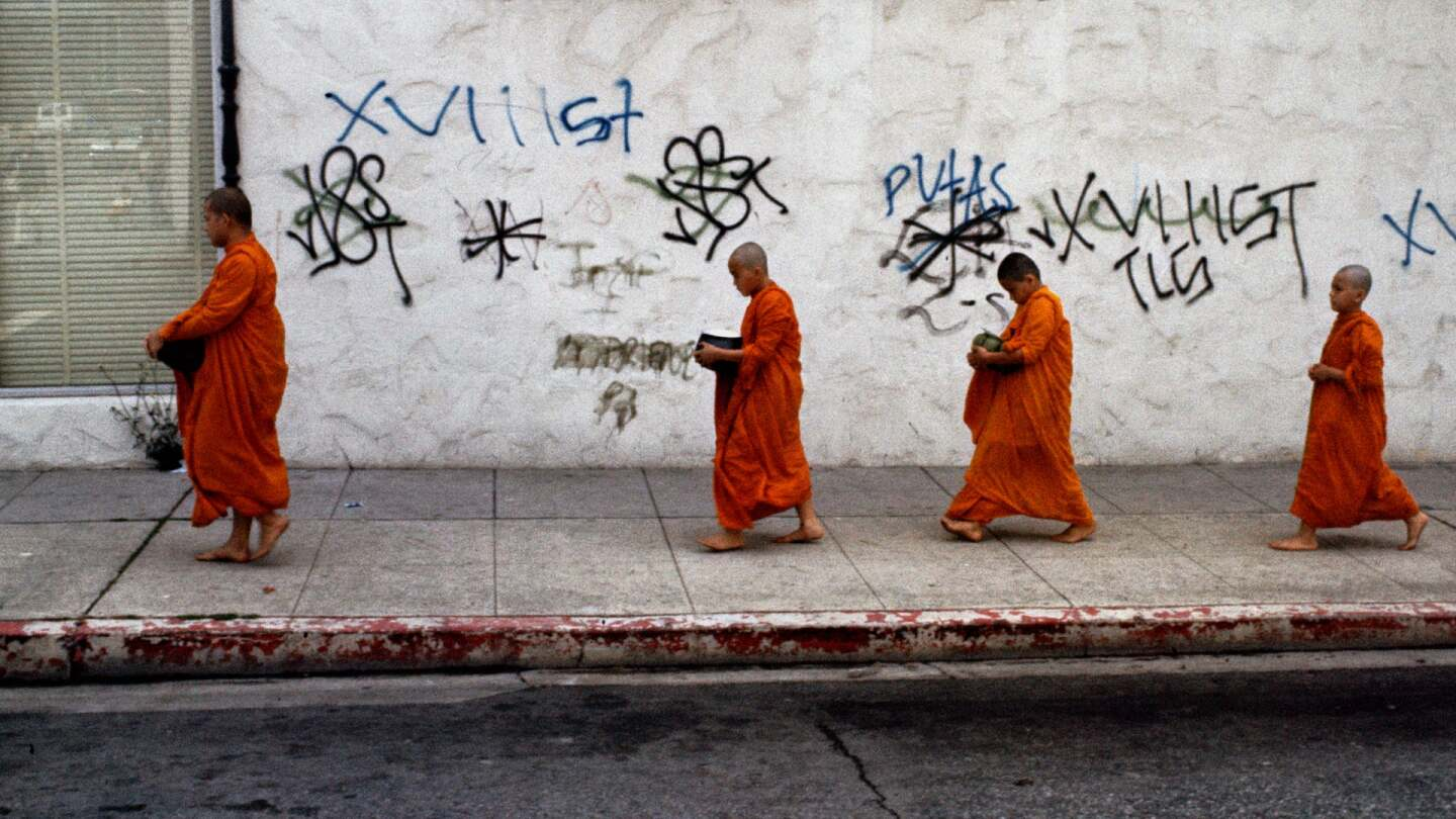 Vietnamese monks-in-training walk the streets of Koreatown | Don Farber