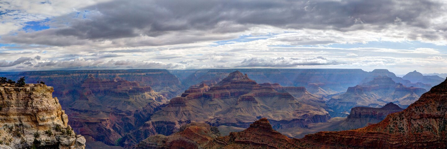 Grand Canyon - View from Rim Trail east of Mather Point