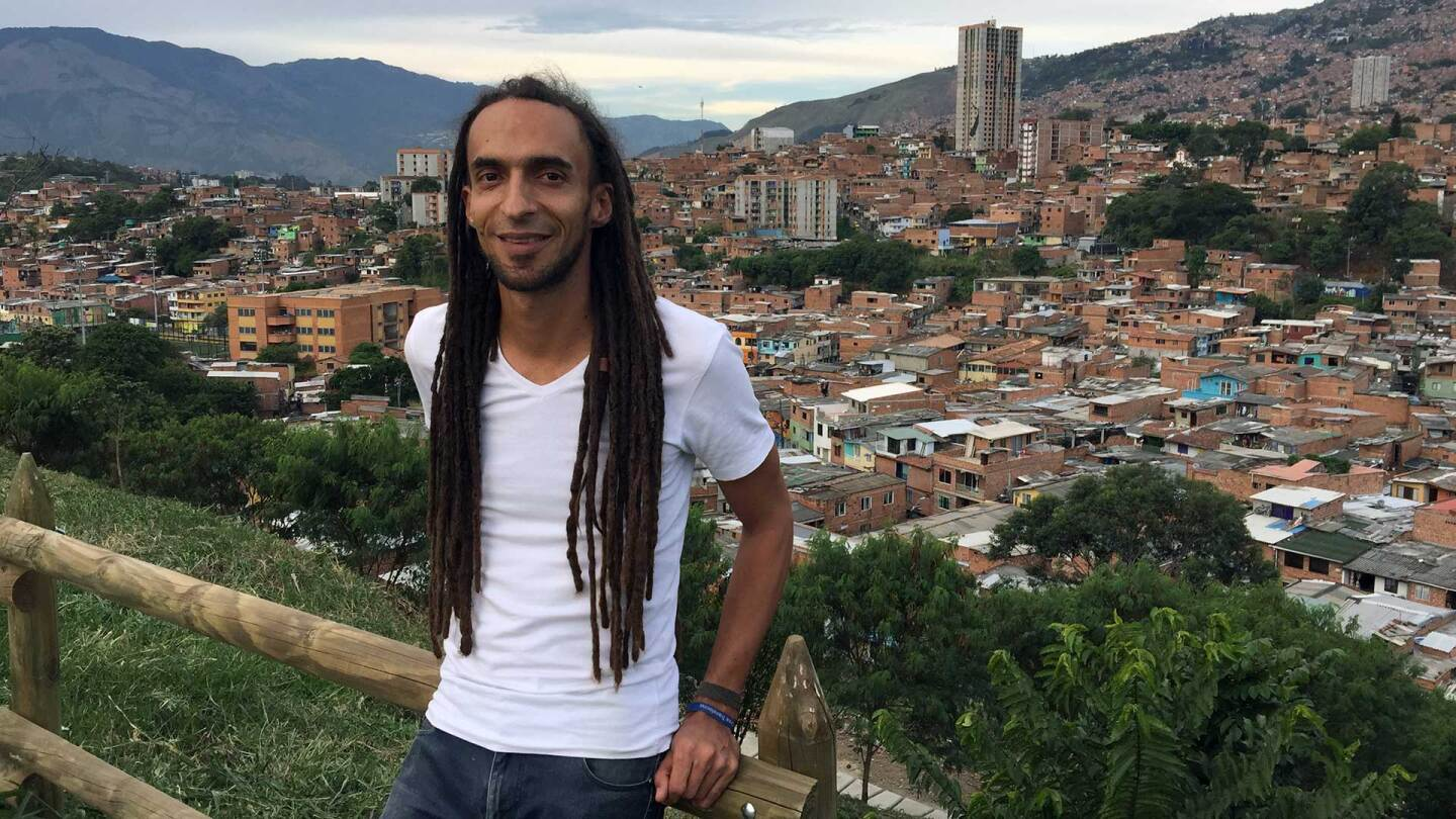 Daniel Carvahlo, an urban planner and teacher in Medellín, Colombia. | Resilient Cities