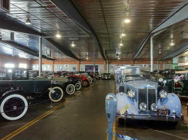 Inside the Automobile Driving Museum