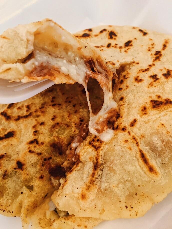 Cocos Panaderia Pupusa