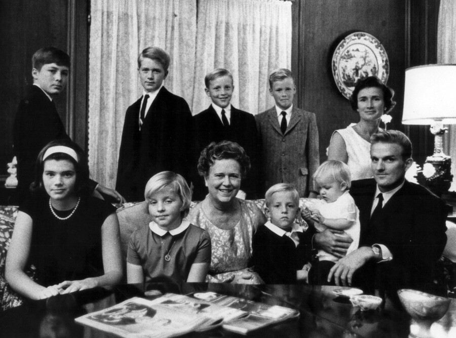 The Chandler family. | Photo: Courtesy of Harry B. Chandler.