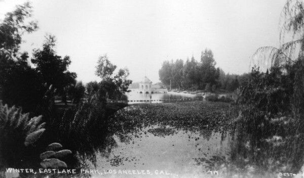 Early view of Eastlake Park. Promotional photographs of parks often emphasized that they were taken in winter, backing booster claims about the region's climate. Courtesy of the Photo Collection, Los Angeles Public Library.