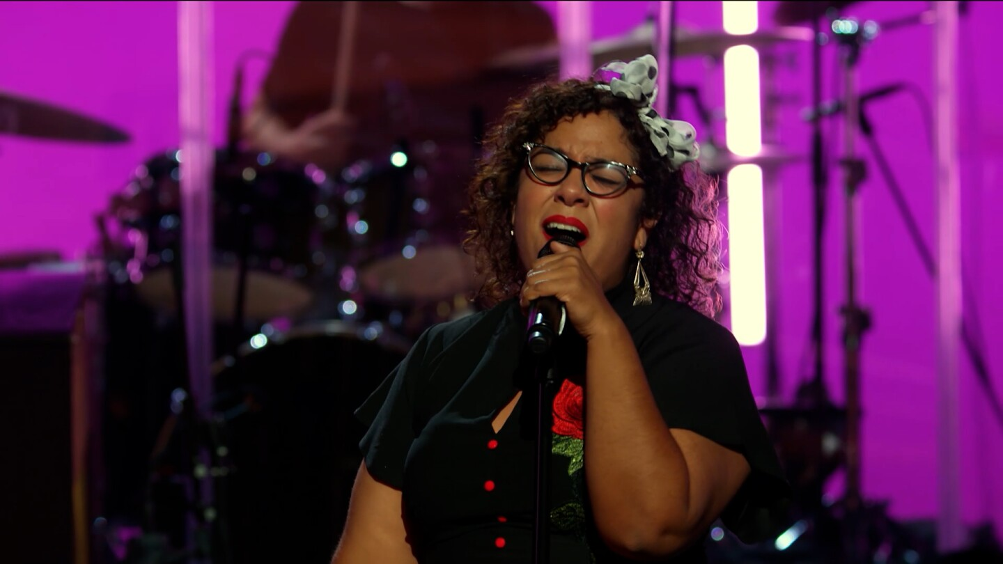"""La Marisoul singing """"You're No Good"""" at the Soraya   Still from """"Southland Sessions"""" A Tribute to Linda Ronstadt"""