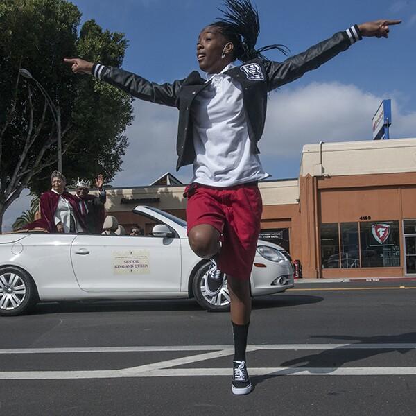 A San Bernardino Songbird dances. | Photo: Douglas McCulloh