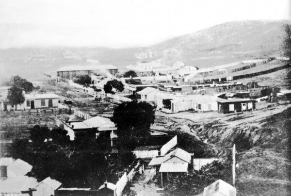 Circa 1860 view of Fort Street from Poundcake Hill. Courtesy of the USC Libraries - California Historical Society Collection
