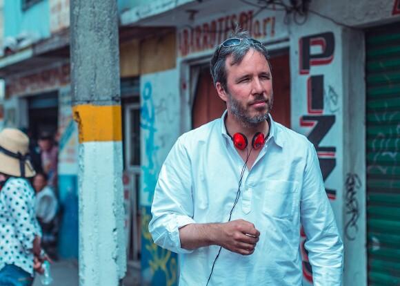 "Denis Villeneuve filming ""Sicario.""   Photo: Luis Ricardo Montemayor Cisneros."