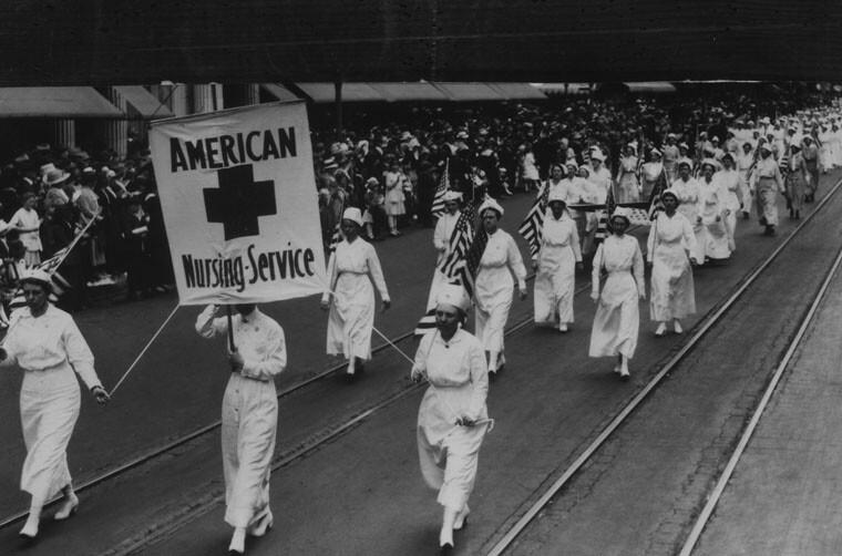Red Cross parade through Los Angeles, 1918